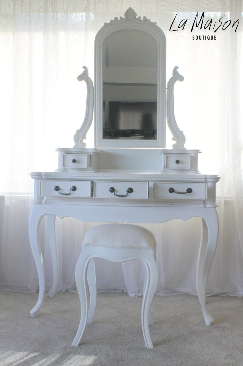French Dressing Table How To Choose